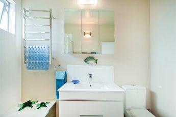 lmnmain-bathroom